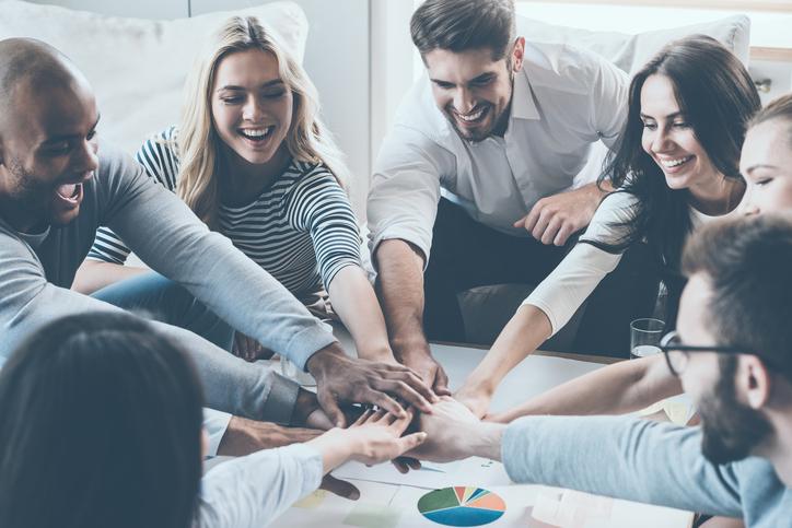 اطمینان سازی و ایجاد انگیزه در کارکنان